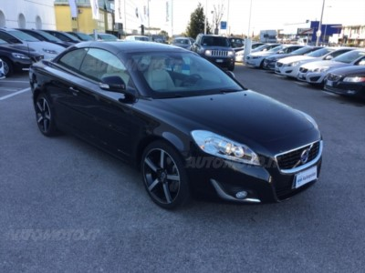 Volvo C70 D4 Geartronic Inscription del 2013 usata a Conegliano