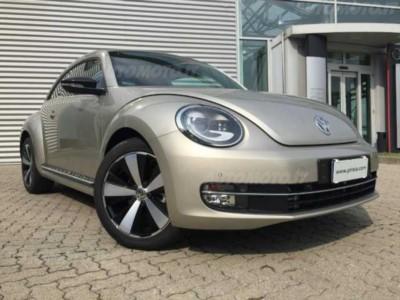 Volkswagen Maggiolino 2.0 TDI DSG Sport BlueMotion Technology nuova a Desio