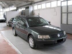 Volkswagen Passat Variant 1.9 TDI cat Comfortline del 1998 usata a Ascoli Piceno