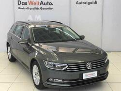 Volkswagen Passat Variant 1.6 TDI DSG Business BlueMotion Tech. nuova a Milano