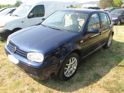 Volkswagen Golf 1.6 16V cat 5 porte Highline del 2001 usata a Lamporecchio